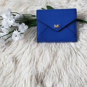 Michael Kors Medium Pebbled Envelope wallet
